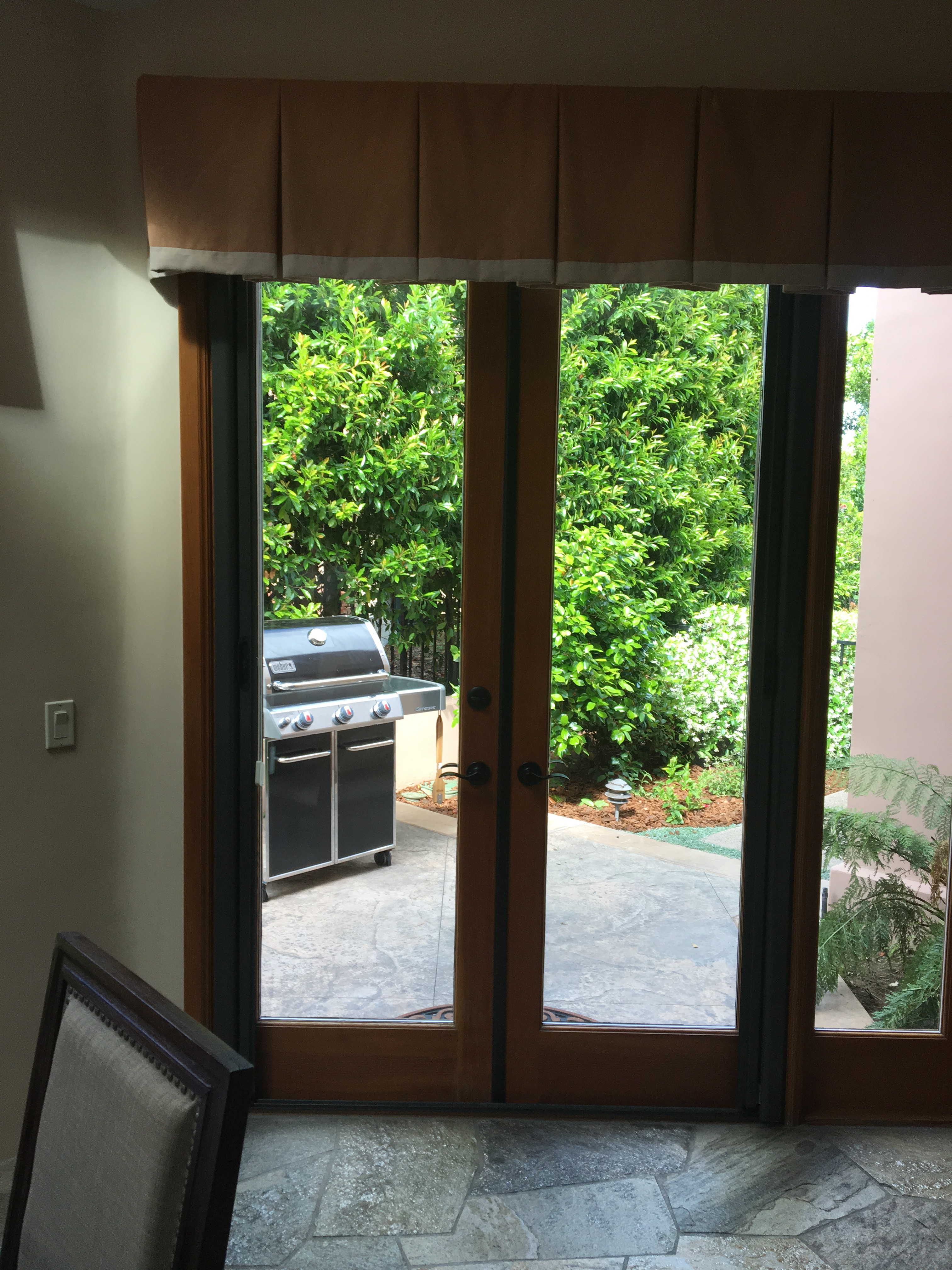 Roll-Away Retractable Screen Doors - Double - The Screen Lady Inc.